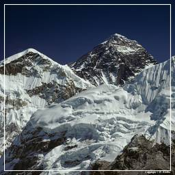 Khumbu (058) Everest (8848m)