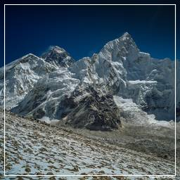 Khumbu (324) Everest (8848m) - Nuptse (7861m)